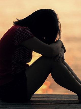 douleur-regle-syndrome-pre-menstruel-lalo-cosmeto_05