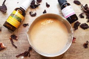 recette shampooing cheveux brillants hibiscus moringa diy fait maison